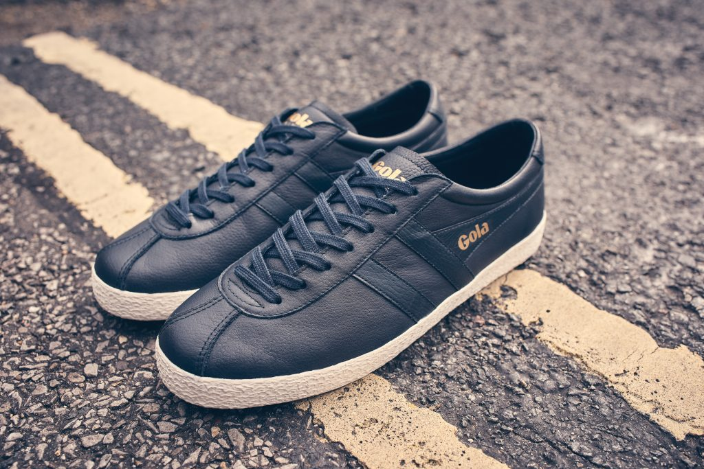 gola classics trainer navy white sole
